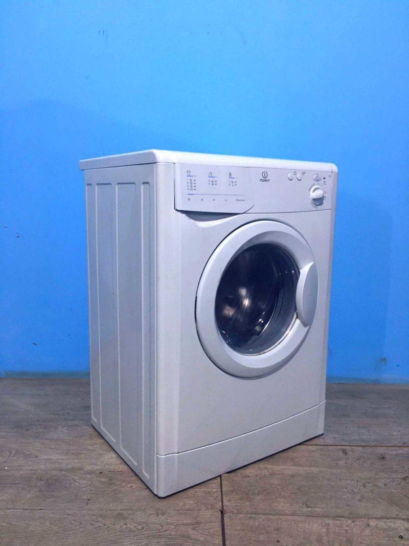 Стиральная машина бу Indesit 5кг   800 обмин   арт1025