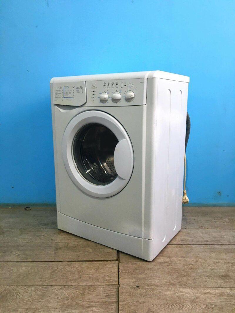 Стиральная машина бу Indesit 5кг   1000 обмин   арт1455