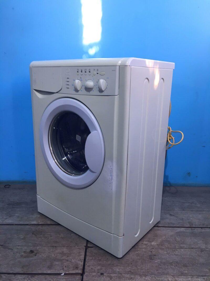 Стиральная машина бу indesit 5кг   1000 обмин   арт1542