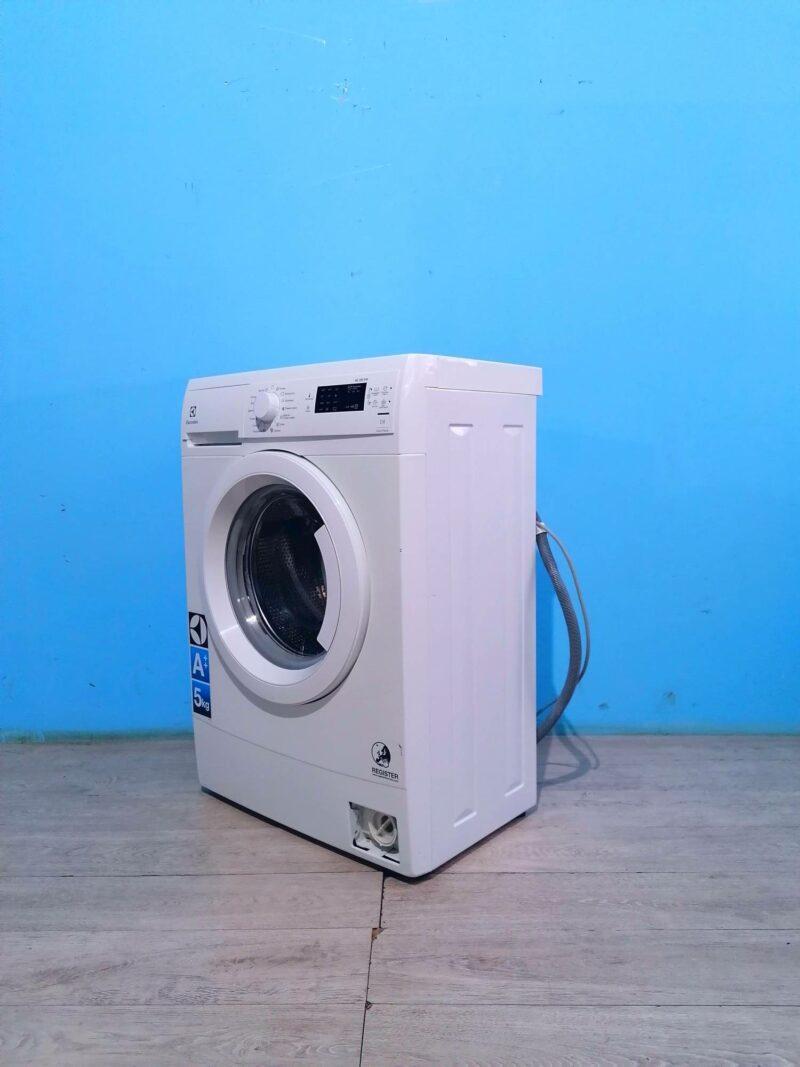 Стиральная машина Electrolux 5кг | 1000 обмин | арт604